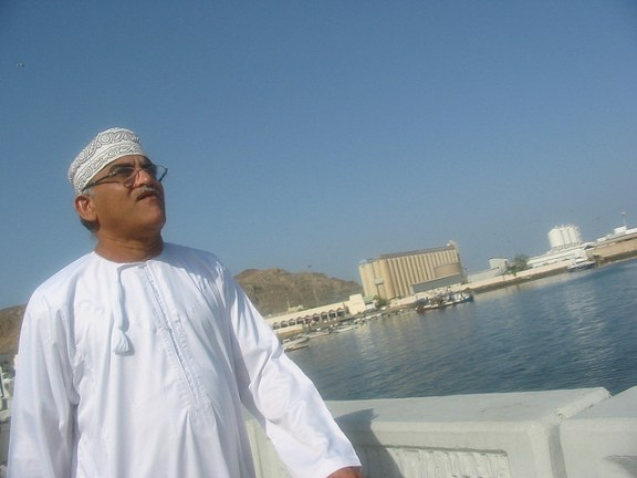 Omani-Dish-dasha-Rahuu